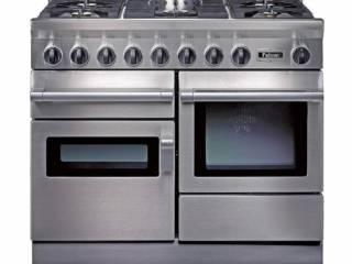 Piano semi-professionel CCKR 1092, avec plan de cuisson en inox mixte, dispositifs de contrôle de flamme, four… ©Falcon