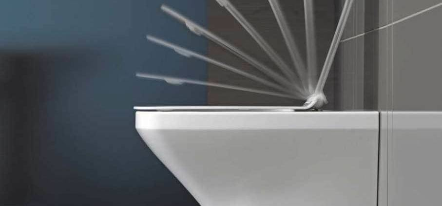 Siège de W.C. SensoWash® imaginé par Philippe Starck. Siège chauffant et télécommande intuitive sans fil qui gère les fonctions nettoyage, séchage… ©Duravit distribué par Bordanova (Charbonnières)