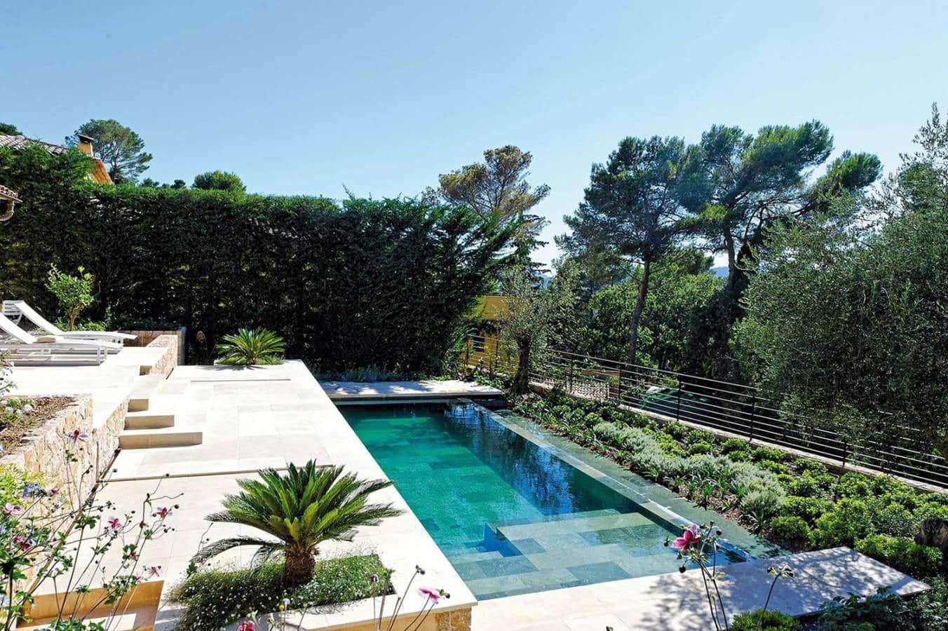 la piscine s vertue aujourd hui magnifier votre espace. Black Bedroom Furniture Sets. Home Design Ideas