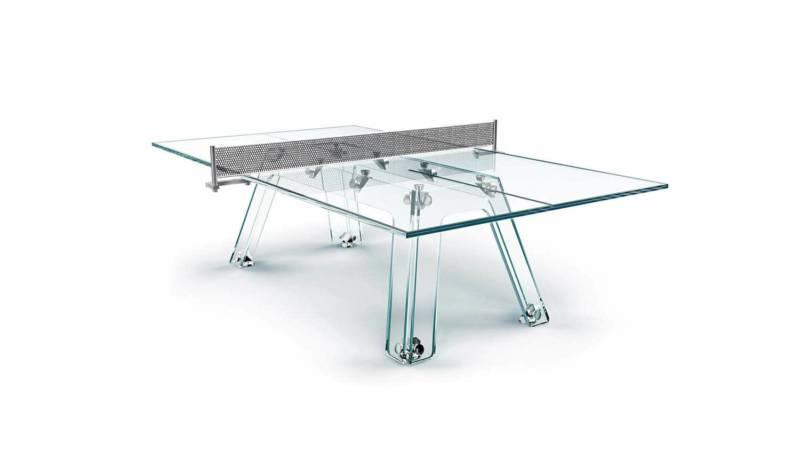 Table spectaculaire Ping-Pong en cristal, venant compléter la première prouesse de la table billard Filotto. Une œuvre d'art imaginée par Gregg Brodarick et Adriano Design. ©Calma e Gesso
