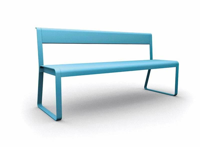 Banc généreux de 4 places associé aux lignes pures et élégantes de la collection. Usage indoor, outdoor. Design Pagnon & Pelhaitre. ©Fermob