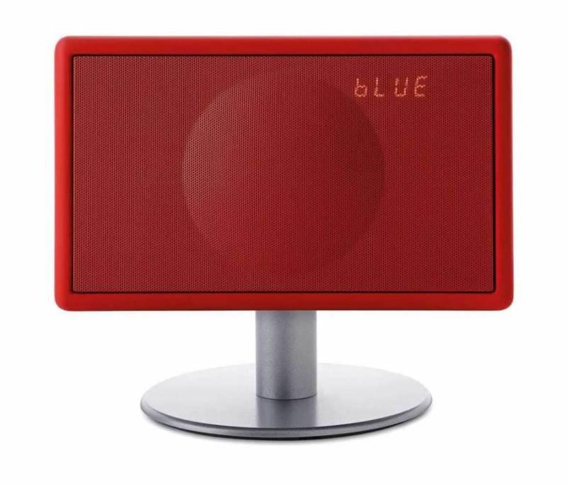 Système haute fidélité qui diffuse les radios et musiques. Commandes Touchlight, Bluetooth, 100 % compatible avec les tablettes, smarphone et ordinateurs. ©Geneva