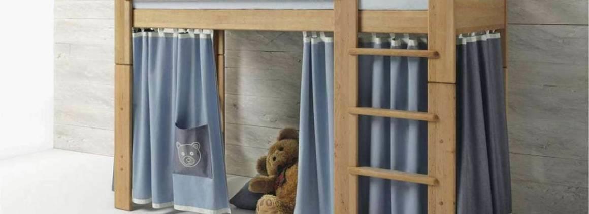 Lit-cachette Ours, avec lit superposé mobile, en bois massif naturel. ©Team7