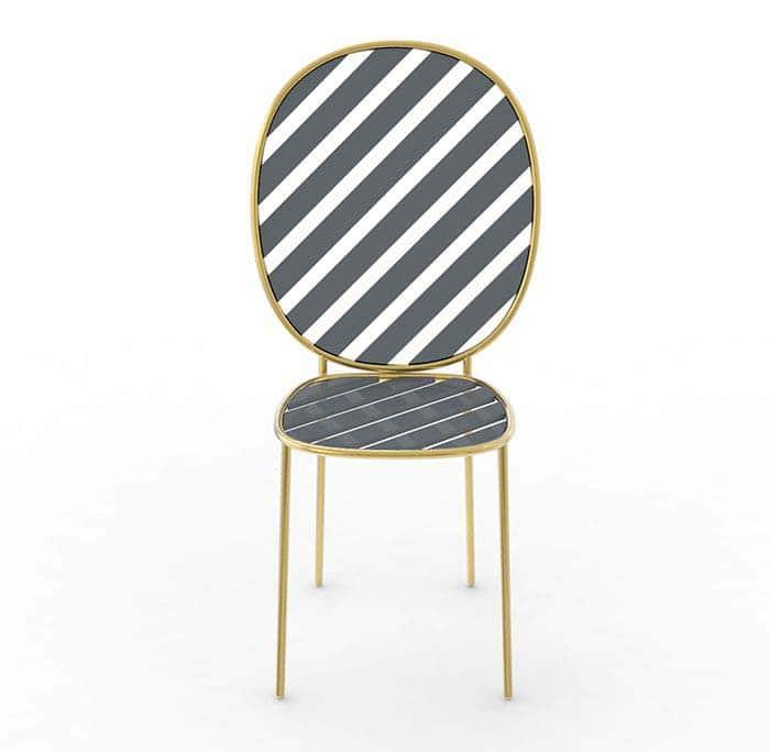 La chaise Stay a fait sensation, imaginée par Nika Zupanc pour la marque de luxe Sé London. De belles pièces de design à découvrir au show room Rossana Orlandi à Milan. ©Sé London