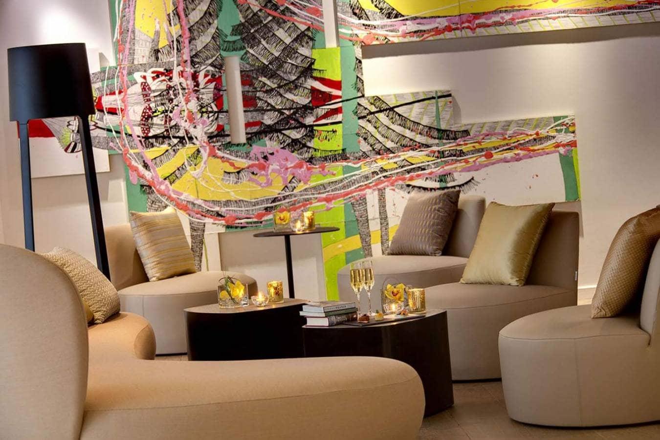 h tel renaissance aix en provence. Black Bedroom Furniture Sets. Home Design Ideas