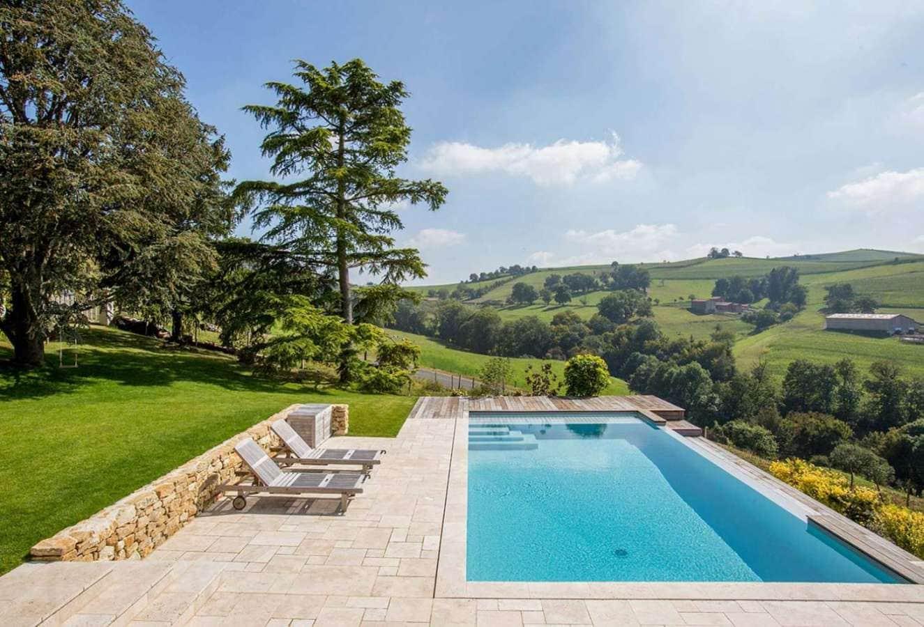 3 r novations de piscine incroyables - Piscine avec sol qui remonte ...