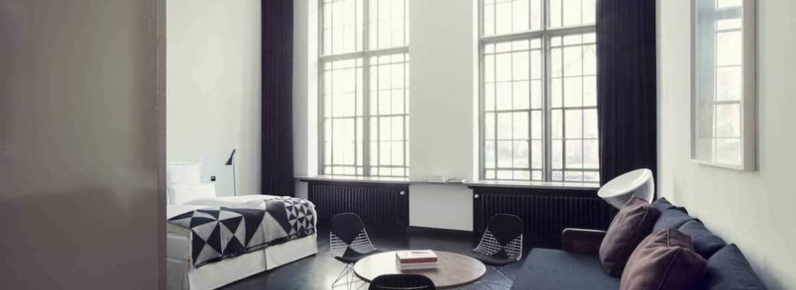 Un hébergement luxueux au cœur d'un bâtiment historique datant de 1897, réaménagé en 2015, après 2 ans de travaux, par la collection personnelle de Michael Kaune, rédacteur en chef du magazine QVEST.