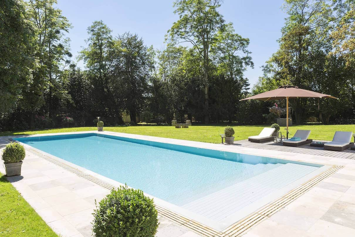 Piscine et spa 2016 living pool for Plan d une piscine miroir