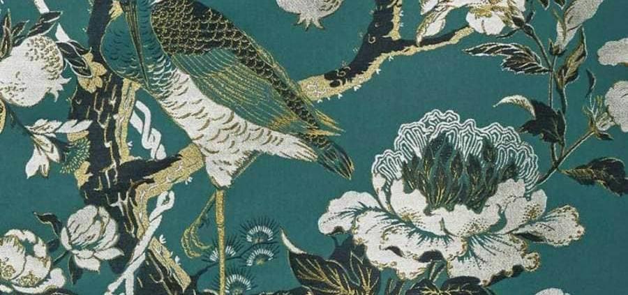 Collection Silkbird Jacquard, lampas au motif oriental provenant d'un dessin d'archive, rendant hommage aux décorations des Coromandel, les paravents chinois, du XVII et XVIIIème siècle, en coton et viscose.