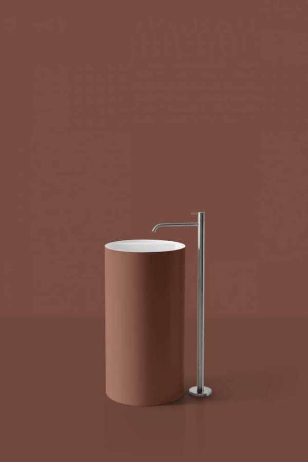 Antonio Lupi - Simplo - Des formes essentielles laissant parler la couleur Terracotta ou encore moutarde, noir, myrtille… Les vasques sont proposées en plusieurs dimensions réalisées en Flumood, matériau composite nouvelle génération. ©antoniolupi