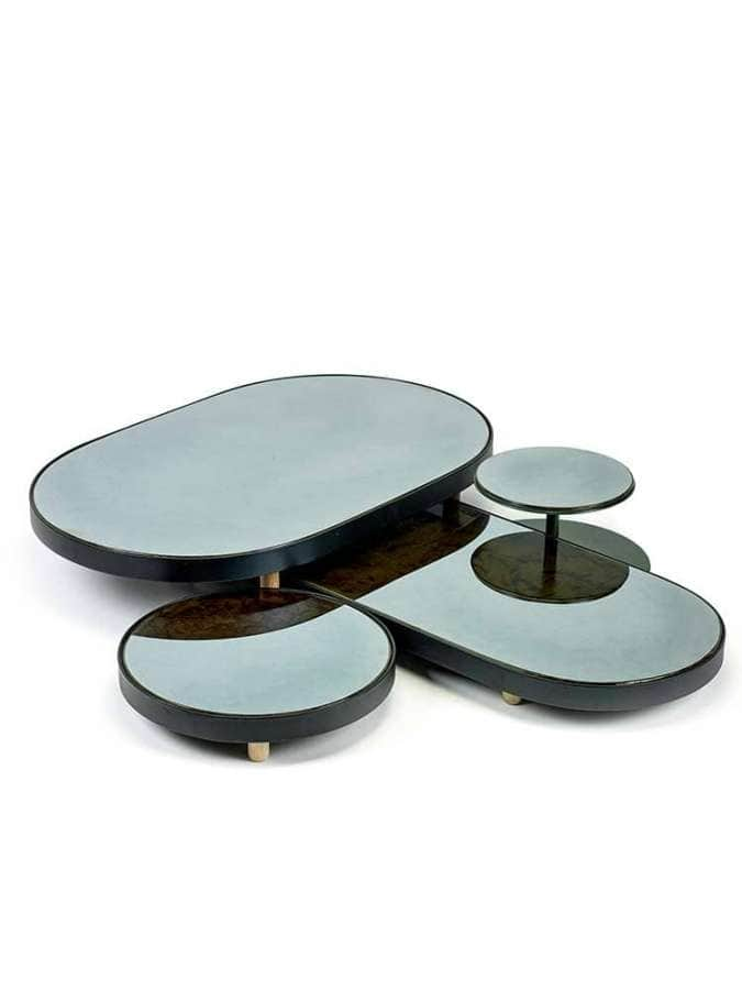 Serax, Reflect – Collection d'objets tour à tour miroirs muraux, plateaux ou patères. Design Studio Simple.