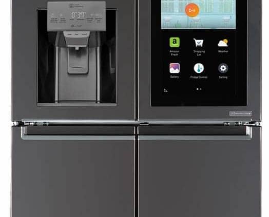 LG Electronics, Smart InstaView Door-In-DoorTM - Réfrigérateur de demain présenté en janvier 2017, lors du dernier salon CES, avec commande vocale Amazon Alexa (6 000 fonctionnalités) et écran tactile de 29 pouces devenant transparent en tapotant 2 fois sur la vitre. ©LG Electronics