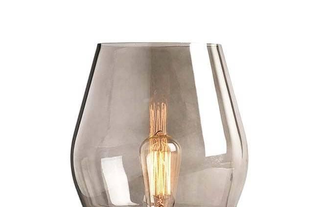 Lampe à poser Bowl en verre et base en cuivre. Design Knut Bendik Humlevik. H 30 x ø 25 cm