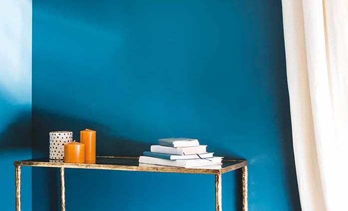 Revêtement peinture Topkapi, bleu intense et impérial, aux inspirations orientales. ©Flamant par Tollens