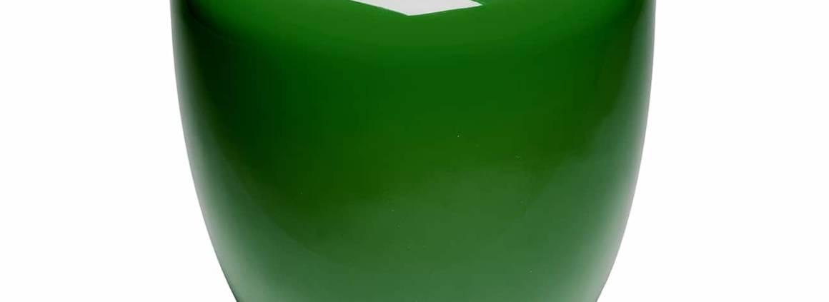 Tabouret ou table d'appoint Dot inspiré des assises asiatiques traditionnelles. Proposé en différentes laques et en coquille d'œuf. ©Reda Amalou