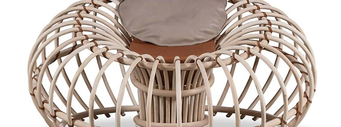 Baxter, Tilda - Fauteuil outdoor en osier, en version finition naturelle et assise en cuir Cloister. Design Francesco Bettoni. ©Baxter