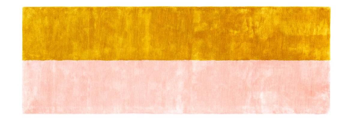 Normann Copenhagen, Pavilion - Tapis en soie de bambou, à la texture brillante rappelant le velours. Existe en 3 tailles et diverses associations de couleurs. Design Britt Bonnesen. 240 x 80 cm, 280 x 200 cm, 400 x 300 cm. ©Normann Copenhagen