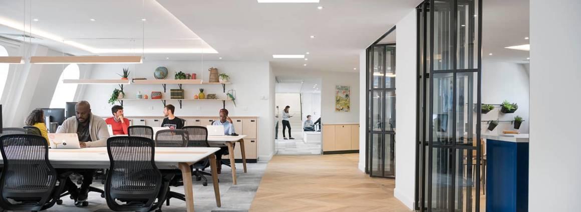 Airbnb, des espaces de travail flexibles et partagés
