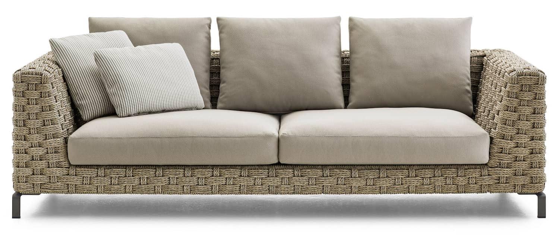 Sofa Ray, structure en aluminium extrudé et tressage en corde textilène. L 235 x H 65 x P 111/101 cm. Design Antonio Citterio. ©B&B Italia