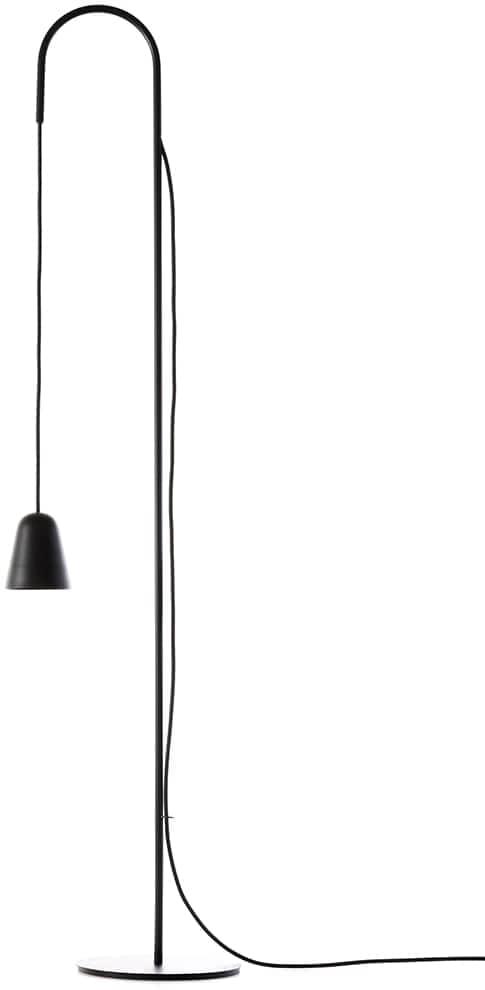 Formagenda, Chaplin - Lampadaire en acier. L 30 x H 140 x P 30 cm. Design Benjamin Hopf. ©Formagenda