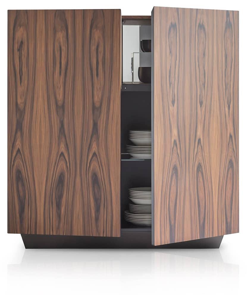 Pianca, Tosca - Buffet en bois exotique et métal. P 35/45 ou 55 x H 120/140 ou 160 cm. ©Pianca