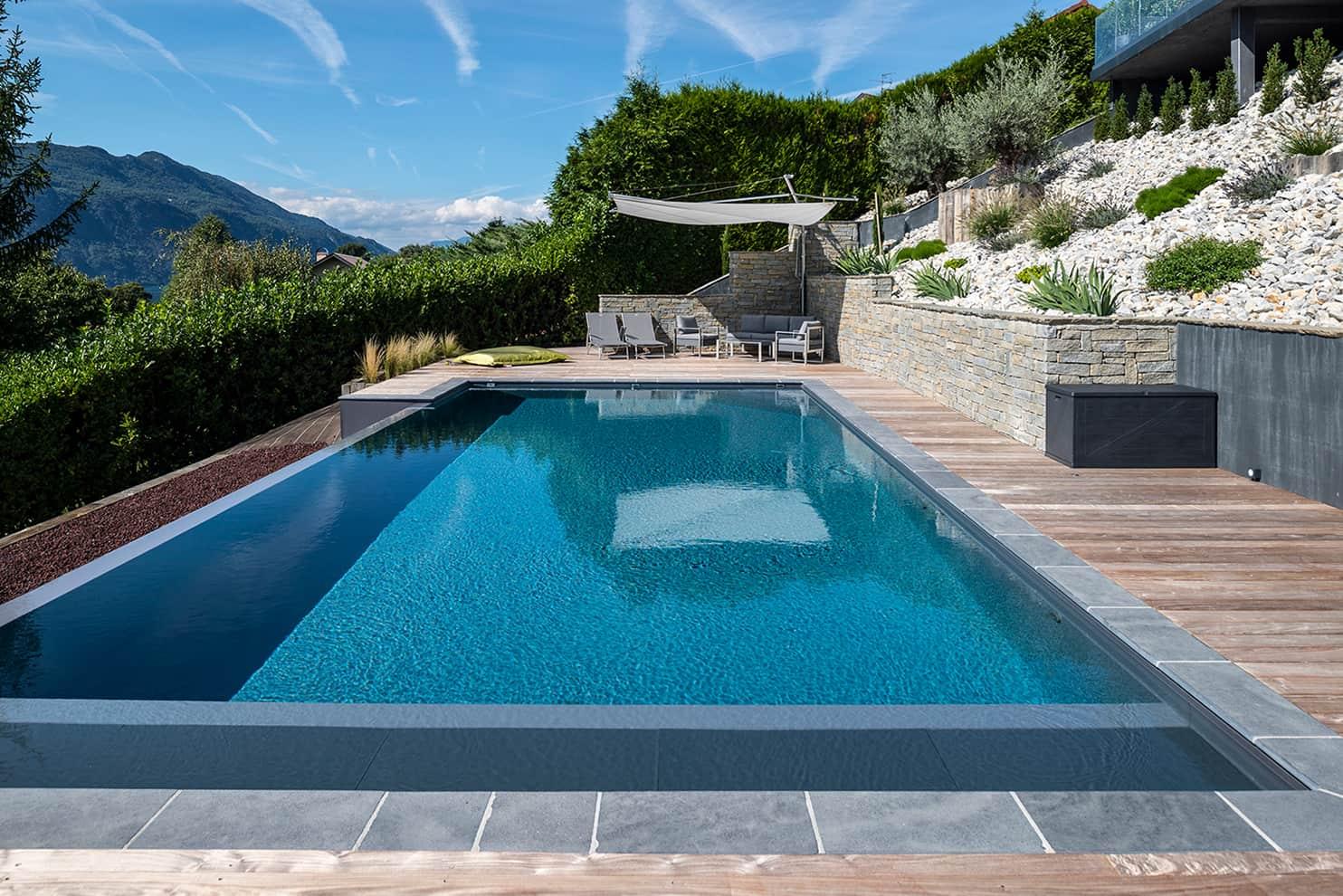 sp cial r novation outdoor valoriser sa piscine domodeco. Black Bedroom Furniture Sets. Home Design Ideas