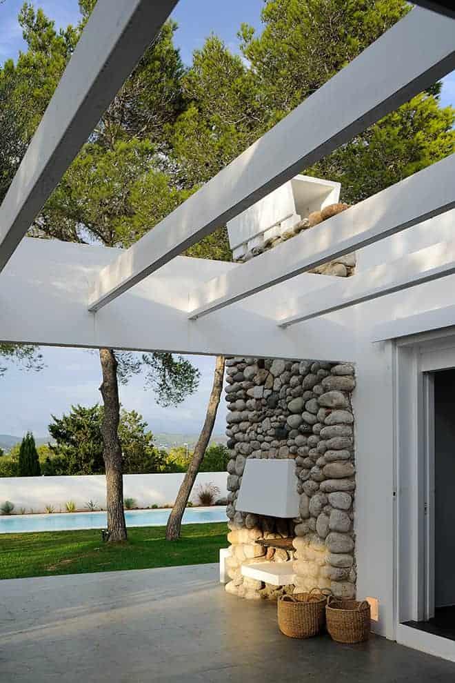 José Ribas González a conçu une architecture qui mêle modernité et tradition, fusionnant le meilleur des deux mondes.