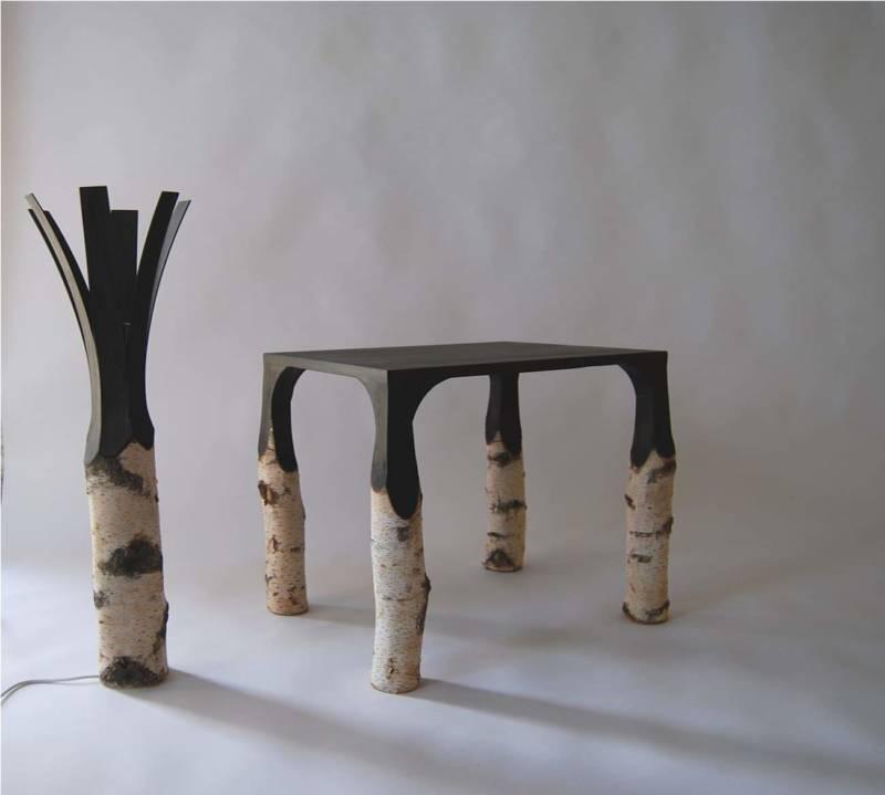 Table basse et lampe, collection Bouleau. ©Jean Damien Badoux