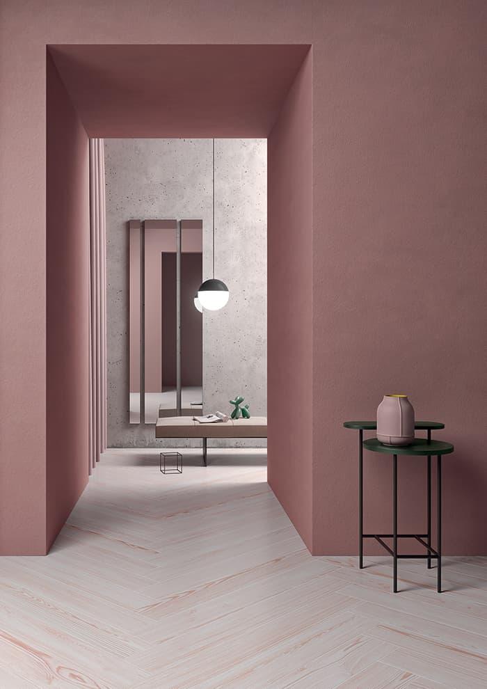 Sol Paint It, un aspect bois rustique décalé avec ses 4 coloris dont le rose. Lame de 15 x 119 – 7,3 x 119,5 – 7,5 x 60 cm. ©41zero42