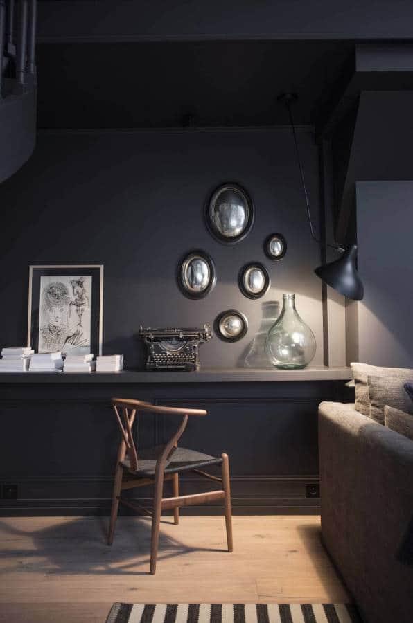 Ambiance petit salon - Canapé Sarah Lavoine - Luminaire Serge Mouille.