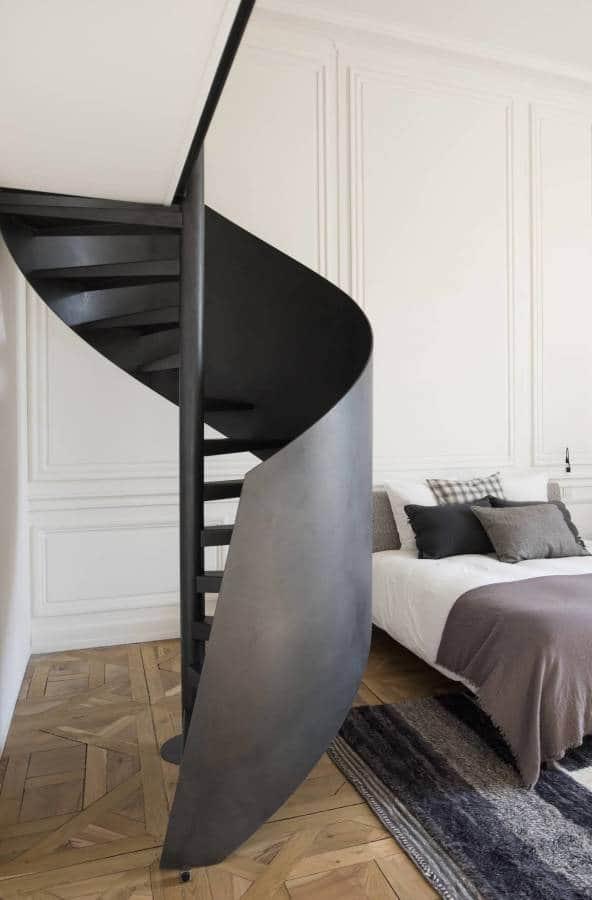 Suite parentale - Escalier en métal signé Kozac (Lyon 2ème)