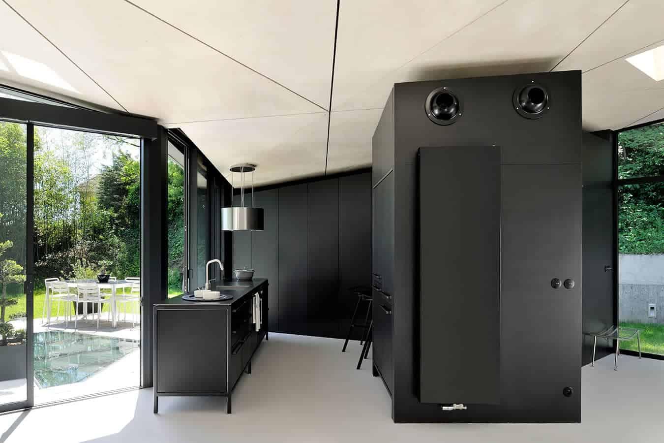 Rénovation lyonnaise par le trio Dank Architectes