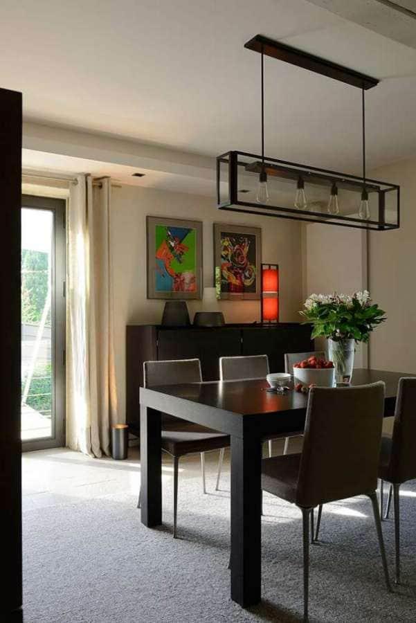 Espace salle à manger, donnant sur la terrasse sud. Suspension Nautic. Réalisation Dorga - David Burles (Lyon 6ème) Photographe Erick Saillet