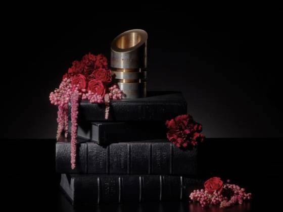 Under Pressure - Design William Guillon – Photo Studio Furax - Fleurs LoyKapel