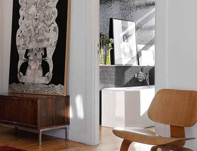 Fauteuil lounge Plywood LCW, de Charles et Ray Eames de 1946, Vitra.