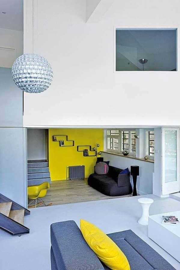 Rénovation d'un duplex, au coeur de Sainte Foy lès Lyon, réalisée par Dank Architectes. Photographe Frenchie Cristogatin