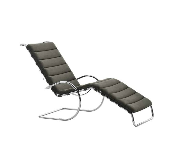 Adjustable – chaise longue ludwig mies van der rohe. photographe gionata xerra. ©courtesy of knoll