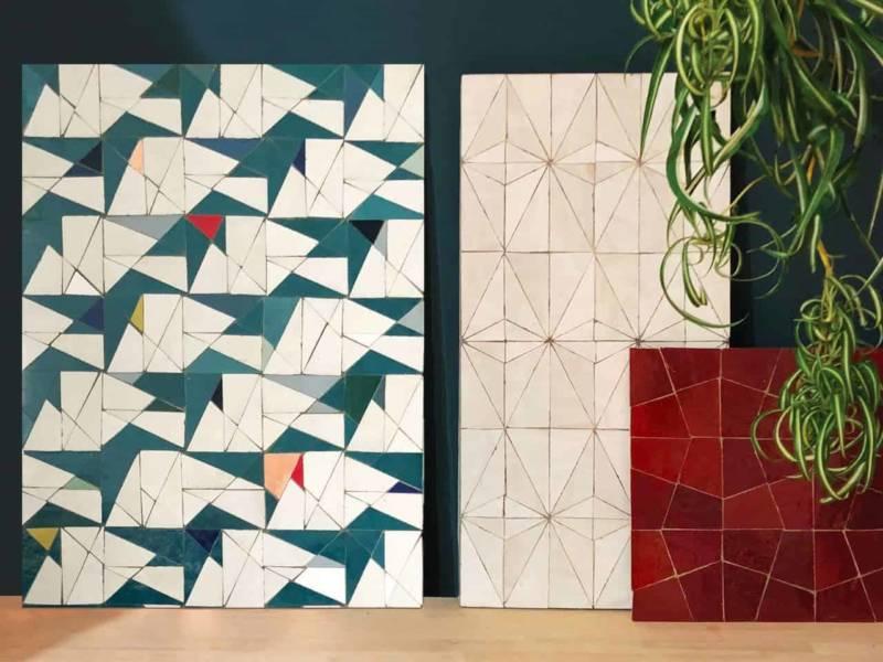 Surfaces composées de zelliges, petits carreaux d'argile de Fez, dont l'assemblage de tesselles produit des formes uniques, magnifiées par Samir Mazer. ©Ateliers Zelij
