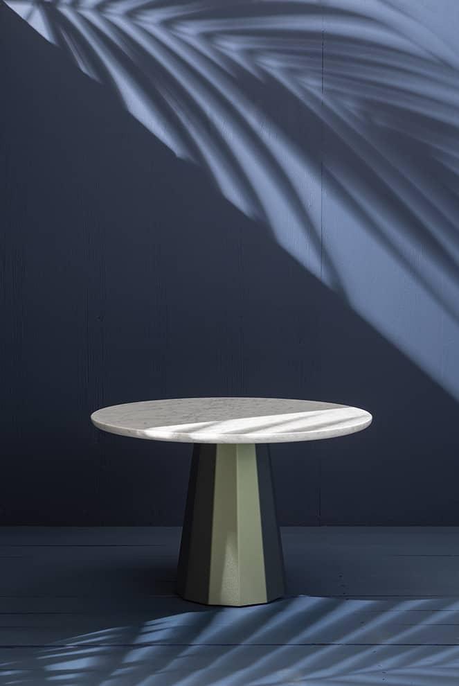 Ankara, table gigogne avec plateau en marbre ou bois et pied acier. ø 50 x H 43 cm. ©Matière Grise