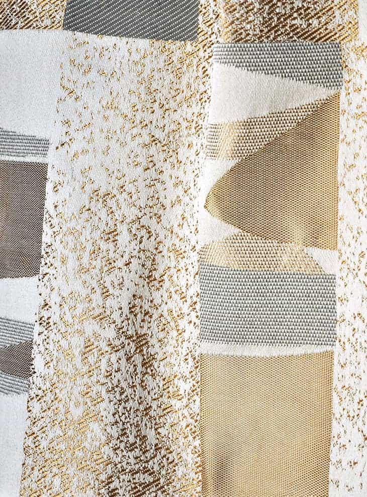 Tissu Toundra, en polyester, coton, viscose et polyamide. Laize 142 cm. Siège, rideau, mur, accessoire. ©Lelièvre