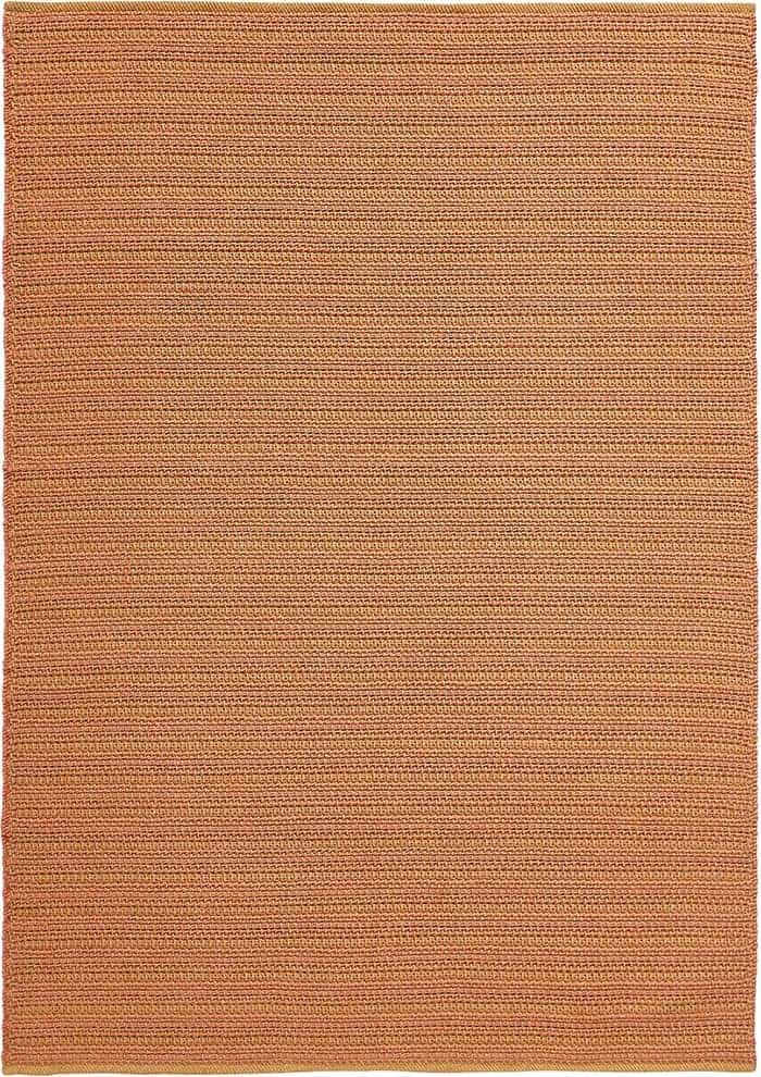 Cordou, tapis outdoor tissé main, 100 % polypropylène. Coloris cuivre. 170 x 240 cm ou 200 x 300 cm. ©Toulemonde Bochart