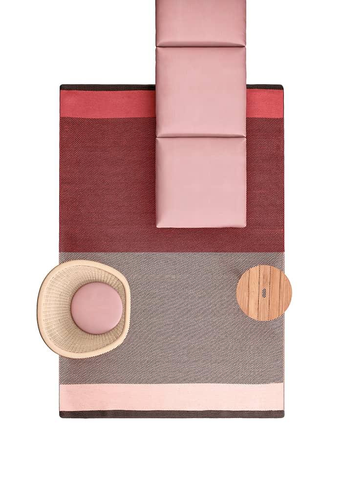 Geometrics Fabrics, tapis outdoor de 2 x 3 m et 3 x 4 m. Deux modèles Block et Line. Design Doshi Levien. ©Kettal