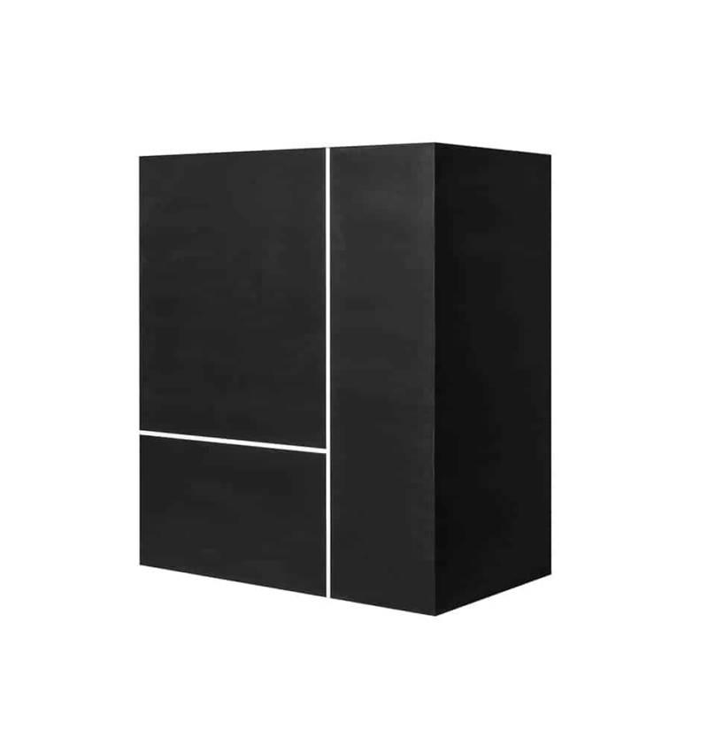 Meuble de cuisine invisible adapté aux petits espaces, avec double plaque induction, évier, plan de travail et accessoires. Design Elisa Ossino Studio. ©Sanwa