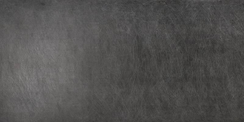 Modèle Seta Liquorice, aspect inox patiné. ©Laminam