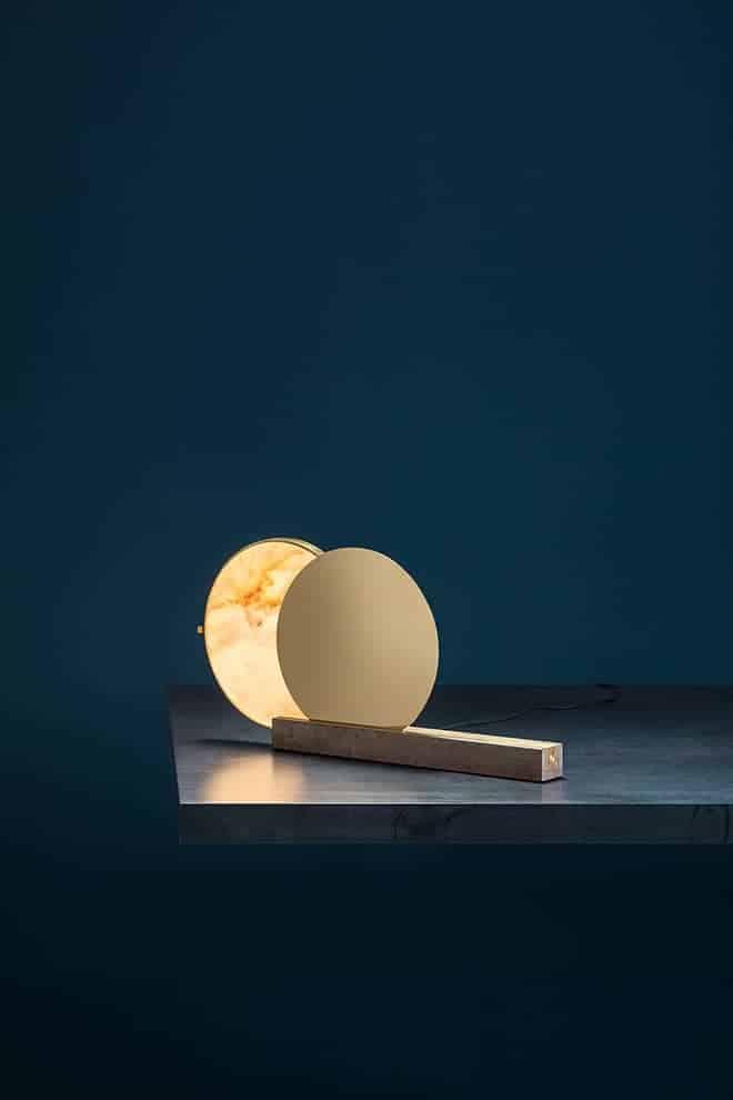 Alchemie T – Lampe éclipse composée de 2 disques en laiton et albâtre