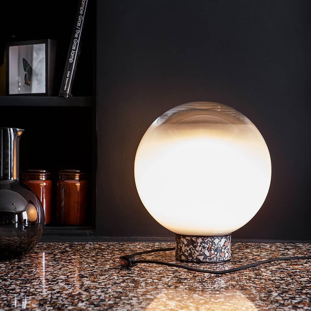 Lucid Dream – Lampe en verre soufflé dégradé de teintes opalines et lactées