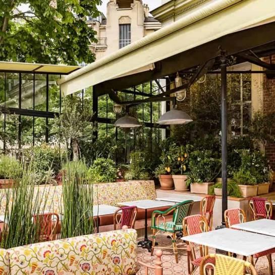 La terrasse du restaurant La gare (Paris)