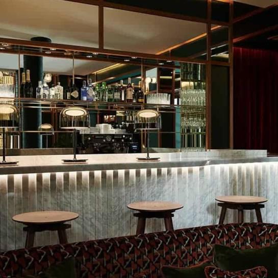 Le bar de l'hôtel Le Ballu (Paris)
