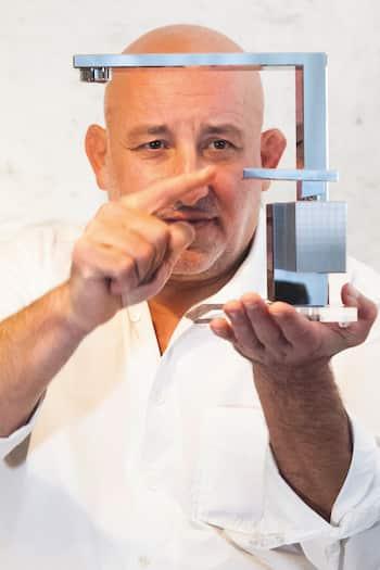 Le designer Jean-Marie Massaud et sa création Axor Edge