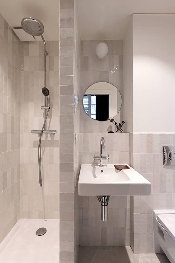 La salle de bains du studio optimisé au millimètre près